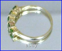 Superb 9 Carat Gold Ring Size U 3.1g Green Semi Precious Stones Boxed